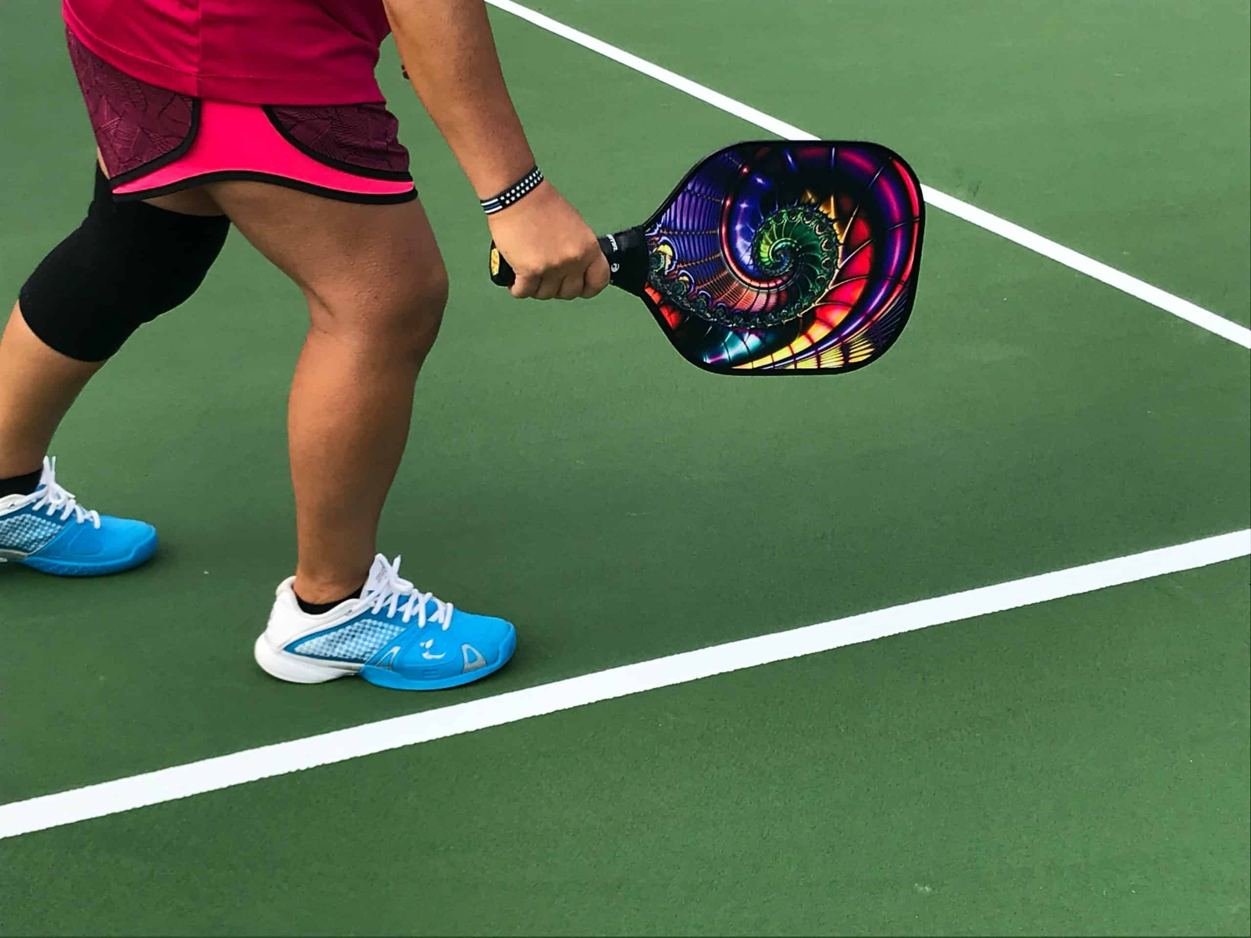 how to dink pickleball